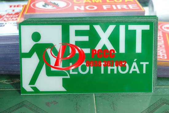 Bảng chỉ dẫn lối thoát hiểm Exit